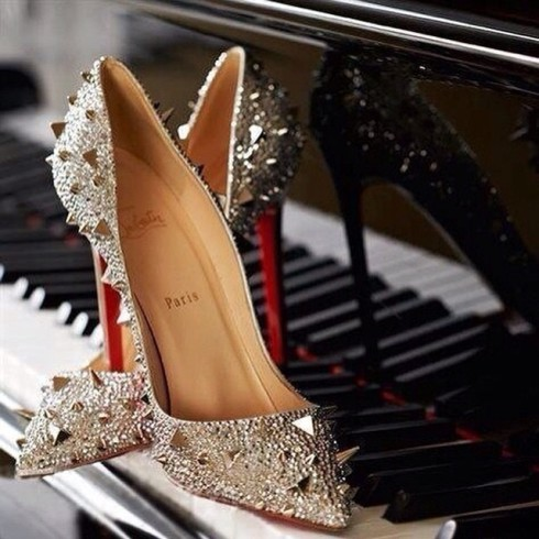 louboutin-10ans-pigalle-5