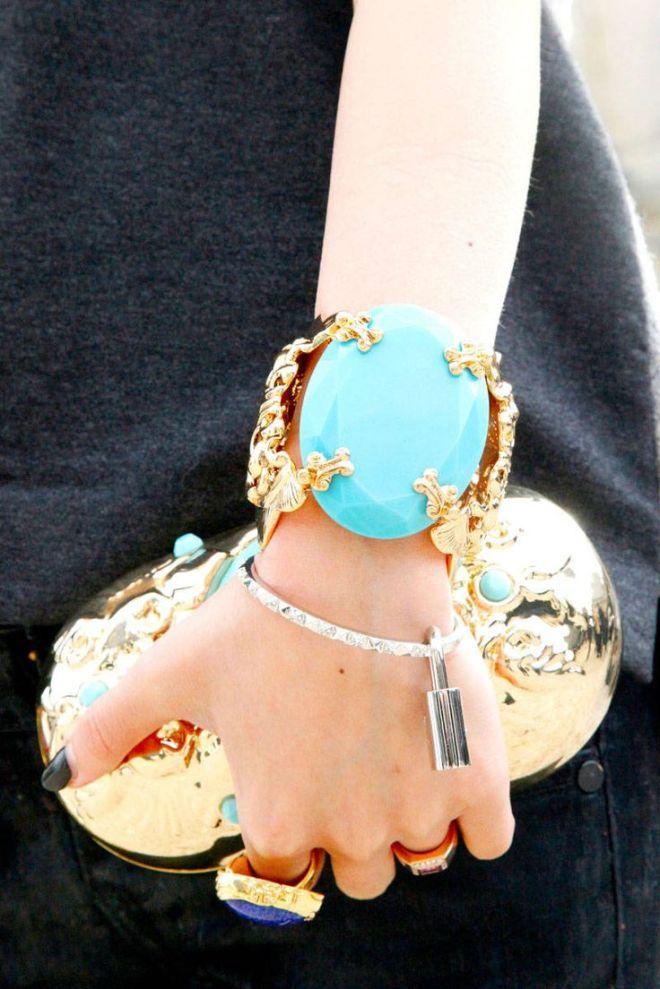 gold-fashion-mdv9
