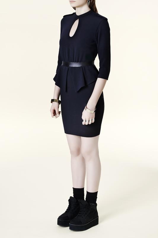eve-gravel-robe-noire