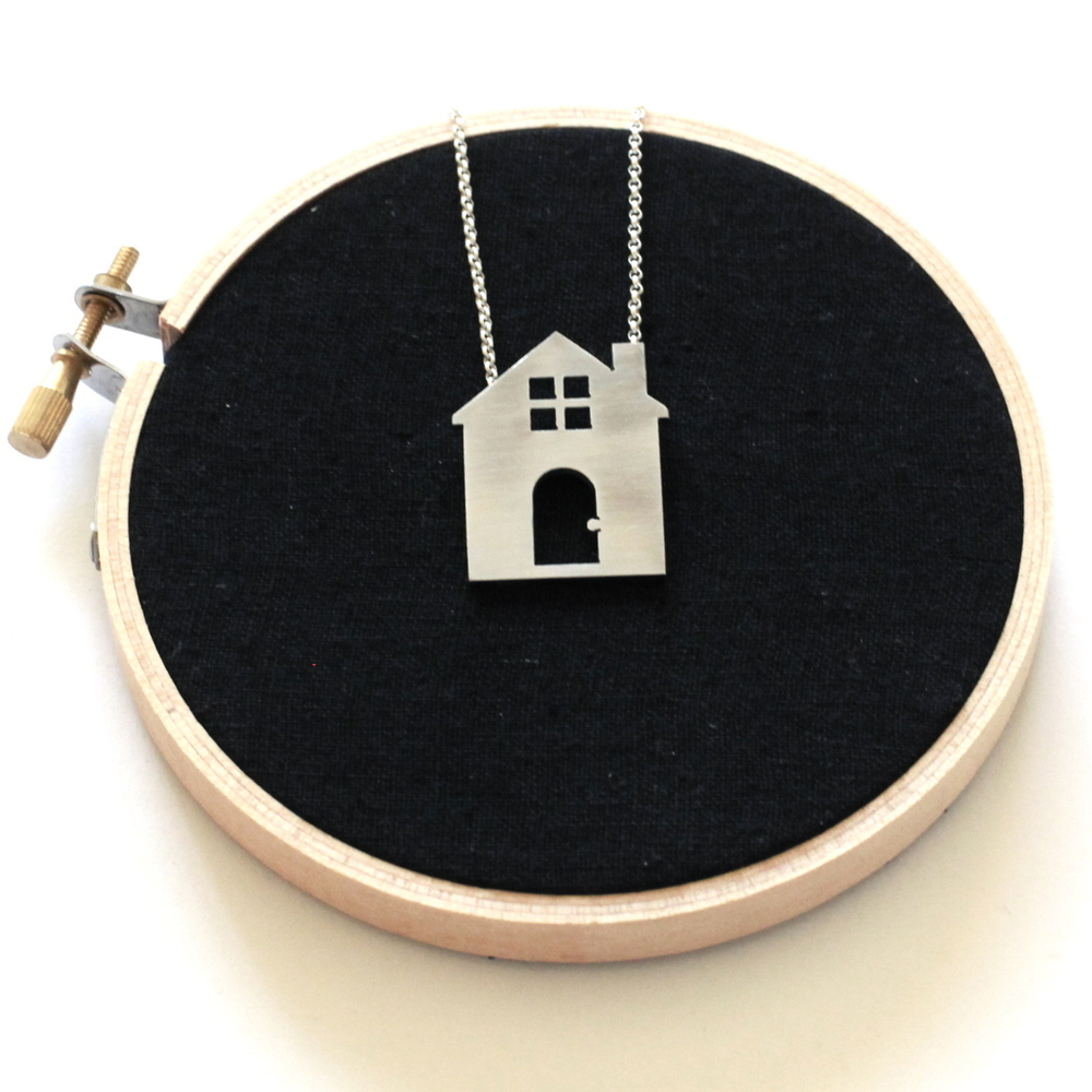 House_Necklace