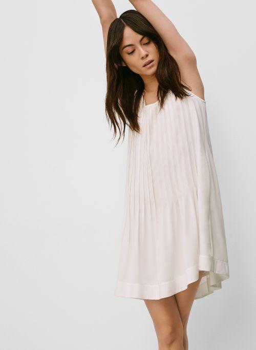 minimalist-look-aritzia4