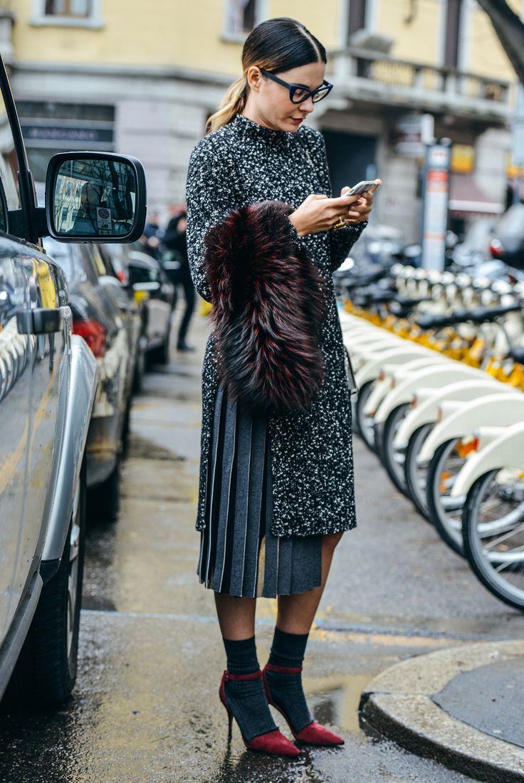 pleated-skirt-street-style8