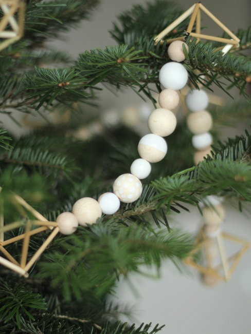 scandinavian-decor-for-christmas-diy1