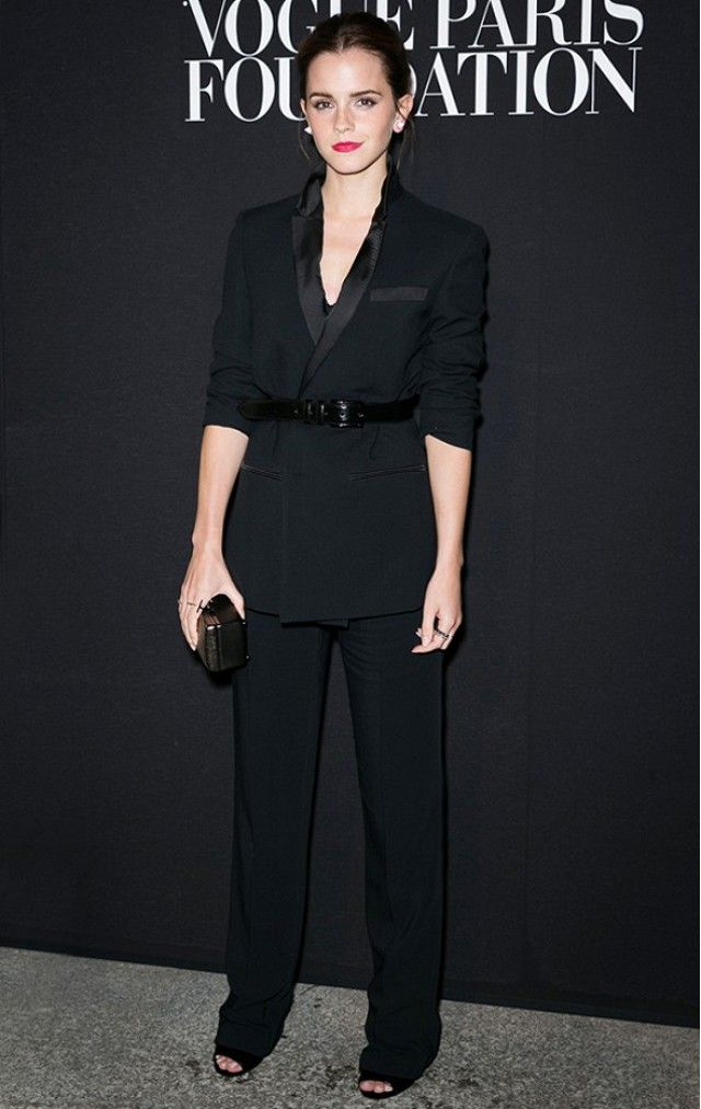 feminine-look-smoking-blazer-emma-watson-suit