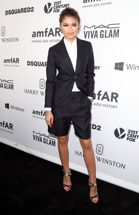 feminine-look-smoking-blazer-zendaya