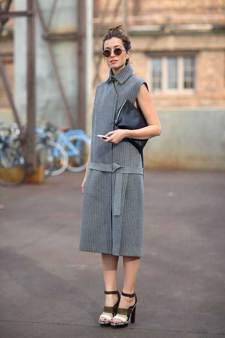 chic-minimalist-structure-street-style16