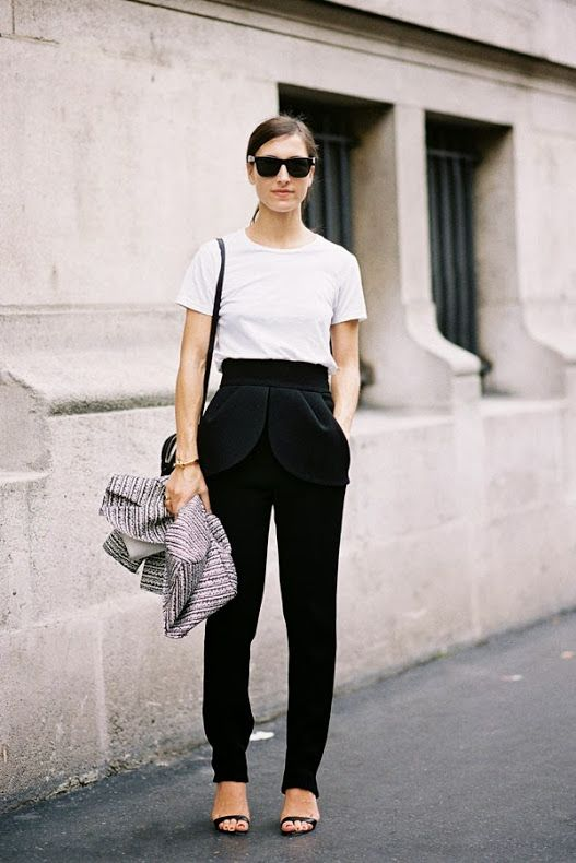 chic-minimalist-structure-street-style3