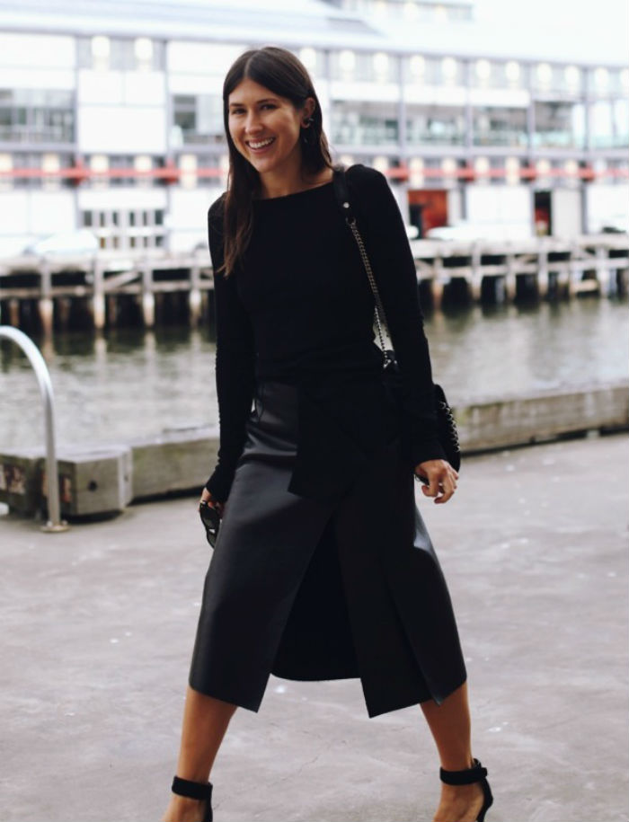 split-skirt-street-style-all-black-midi