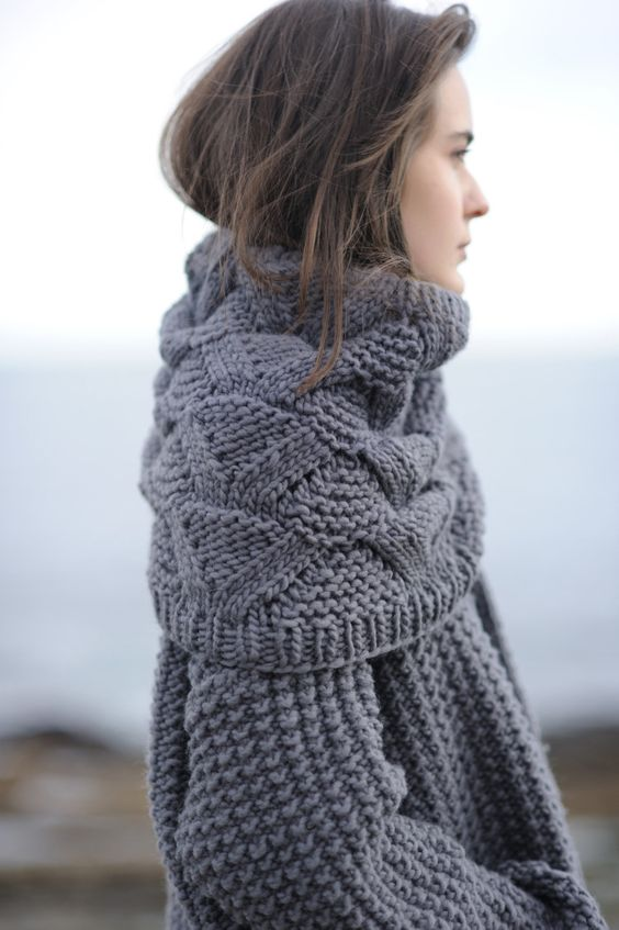 cozy-sweater-outfit-street-style