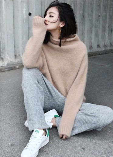 cozy-sweater-outfit-street-style22