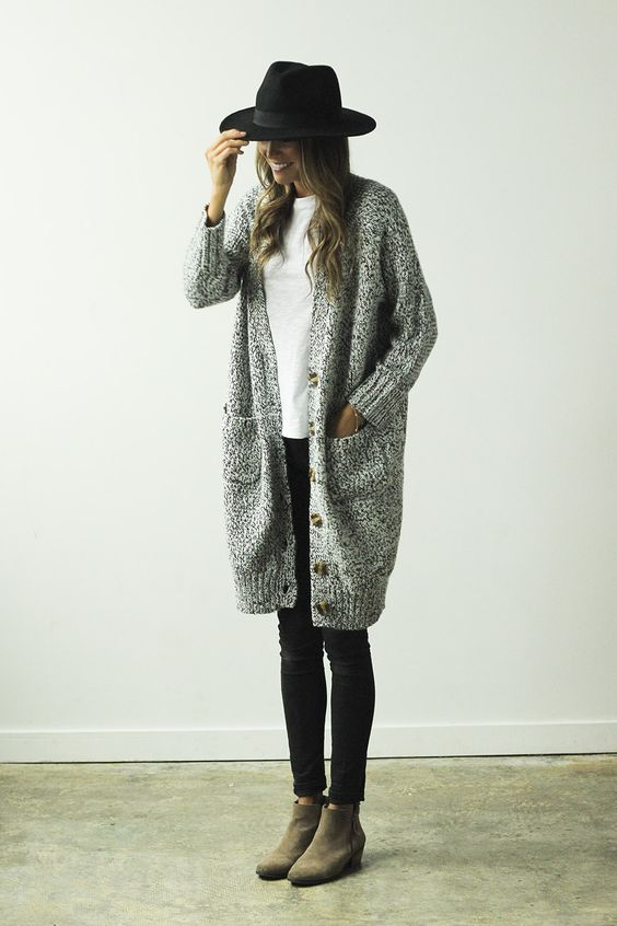 cozy-sweater-outfit-street-style7