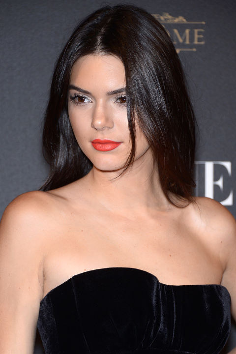 chocolate-brown-hair-colour8-kendall-jenner