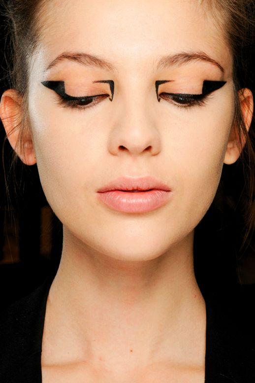 graphic-liner